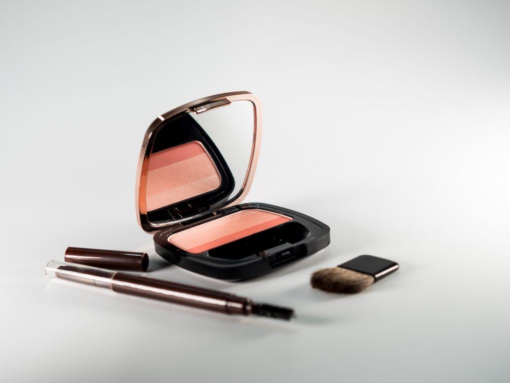produk untuk percantik alis