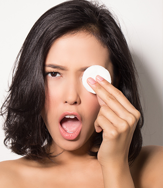 memilih eye makeup remover