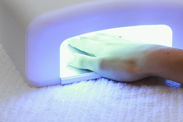 Yang harus diketahui tentang gel manicure