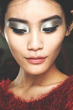 makeup sesuai usia