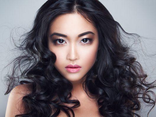 Cara Terbaik Menata Rambut Keriting - Beauty Journal 23db80f62d