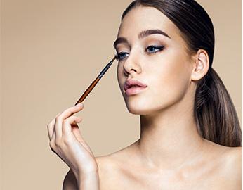 3 Beauty essentials yang mampu perbaiki makeup