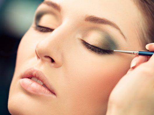 tips aplikasi liquid eyeliner untuk pemula