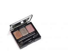 Make Over Trivia Eye Shadow Natural Nude