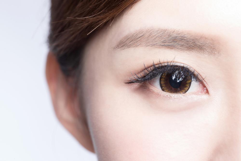eyelid tape