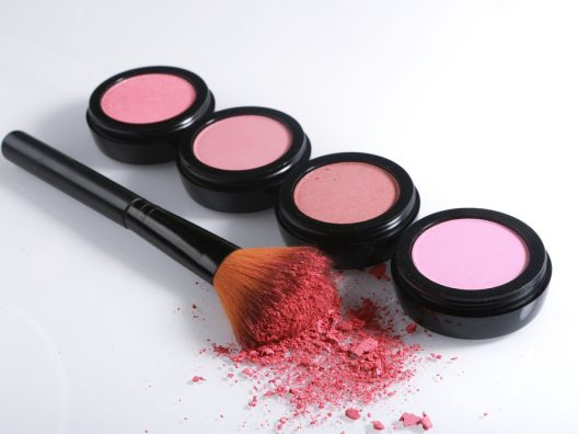 Blush cantik