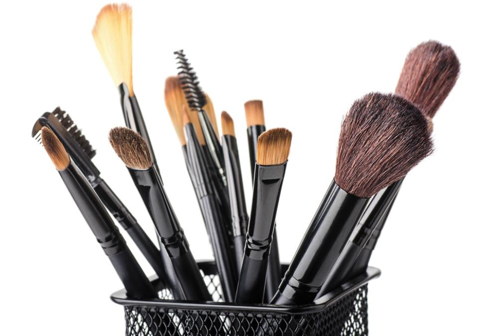 bahan kuas makeup