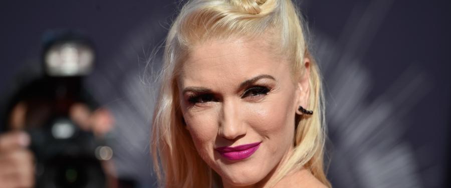 signature makeup ala Selebriti Hollywood