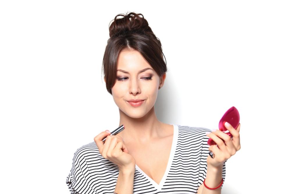 tips makeup aneh