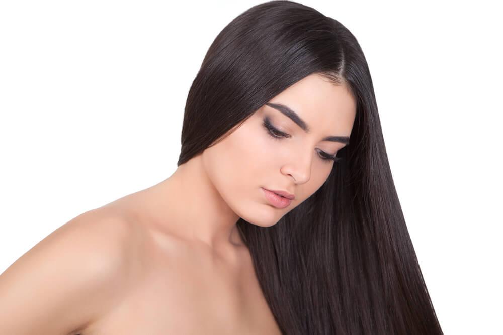 menggunakan hair tonic