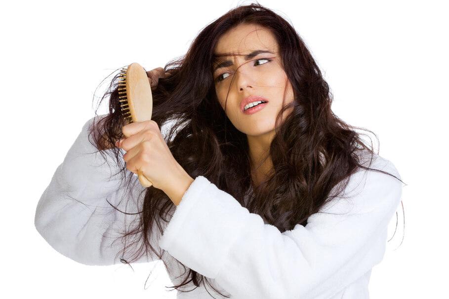 Inilah Cara Mengatasi Masalah Rambut Wanita Berhijab, Coba Deh!