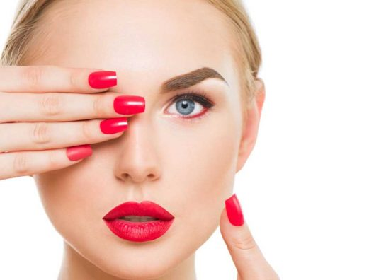 Netwerk - 3 Alasan Kenapa Setiap Perempuan Wajib Mencoba Lipstik Merah - cover