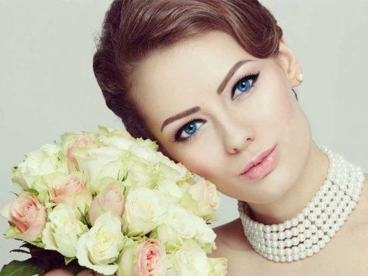 Netwerk - Ingin Winged Eyeliner Anda Sukses? Ini Caranya-cover