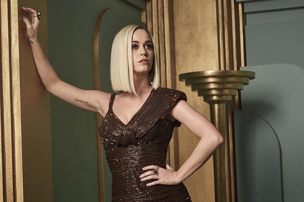 Masih Ragu Mencoba Warna Rambut Platinum Blonde  Lihat ... 687ae0ea3c