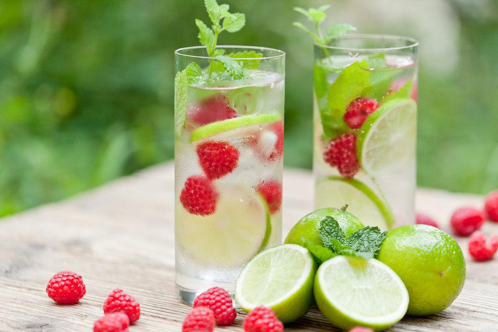 Kulit Sehat Bersinar - Perbanyak Minum