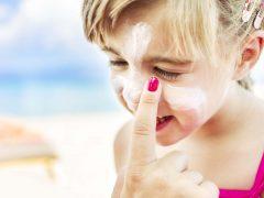 cara tepat ajari anak untuk merawat kulitnya