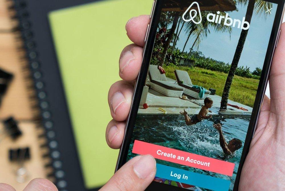 Ide Bisnis Sampingan - Host Airbnb