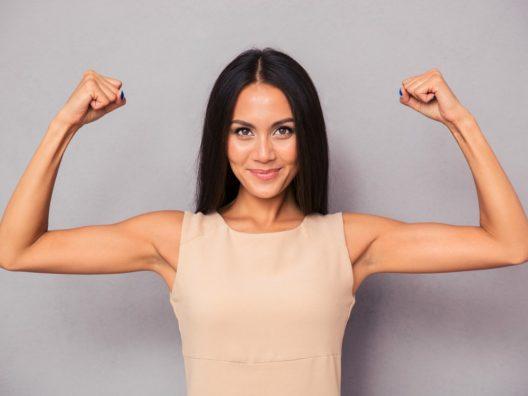 Gerakan Workout Sederhana Kencangkan Lengan Kendur - Cover