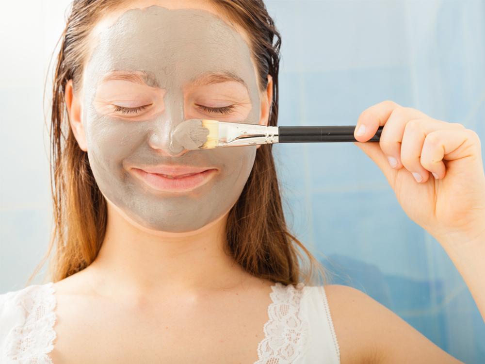 Perbedaan Mud Mask dan Clay Mask