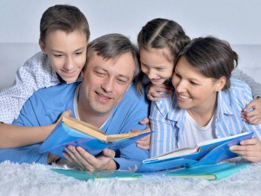 Kegiatan Family Time Keluarga - Cover