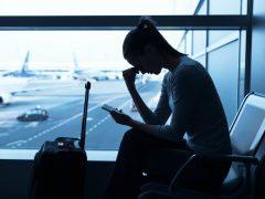 Bujet Liburan Besar Saat di Bandara - Cover