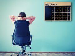 Pengaturan Waktu Pekerjaan Freelance dan Tetap - Cover
