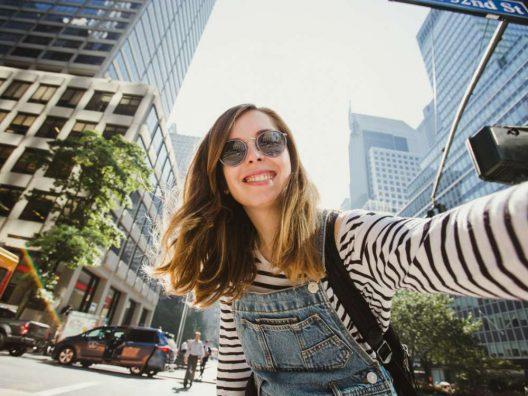 Tips Menjadi Travel Blogger - Cover