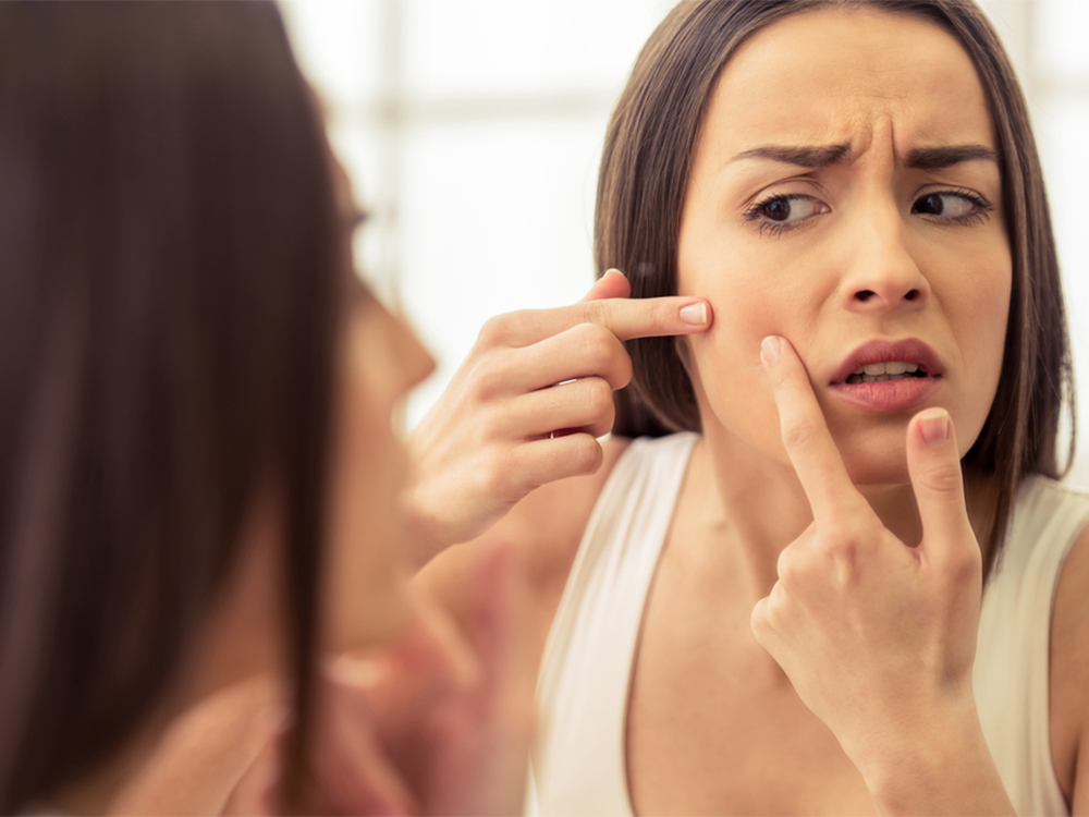 Kebiasaan Makeup yang Dapat Menyebabkan Breakout