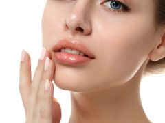 Mengatasi kulit kering di sekitar bibir