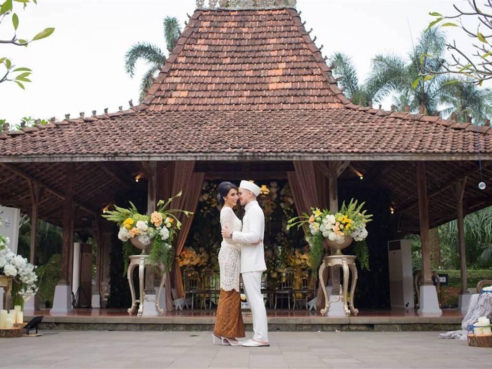 Rekomendasi Tempat Pernikahan Semi Outdoor