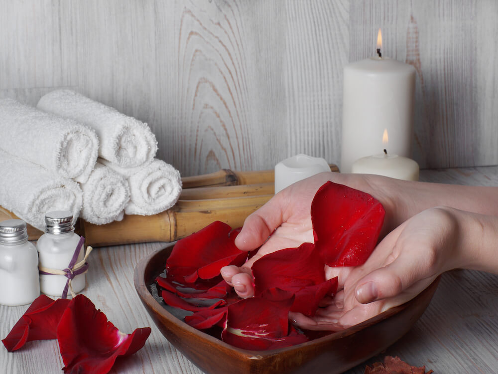 Cara Memanfaatkan Rose Water