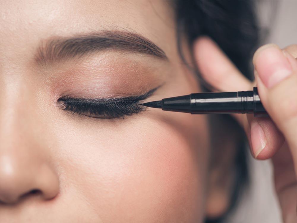 Rekomendasi Eyeliner Pen