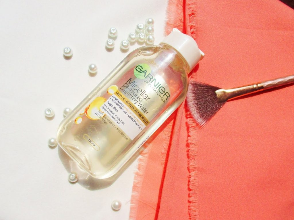 Garnier Oil-Infused Cleansing Water
