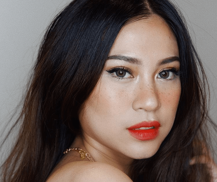 Inspirasi makeup faux freckles dari beauty influencer indonesia