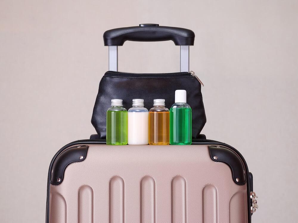 Produk Perawatan Kulit yang Perlu Dibawa Saat Anda Traveling