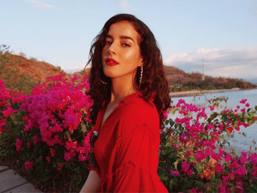 Inspirasi Makeup Bernuansa Merah dari Beauty Influencer Indonesia
