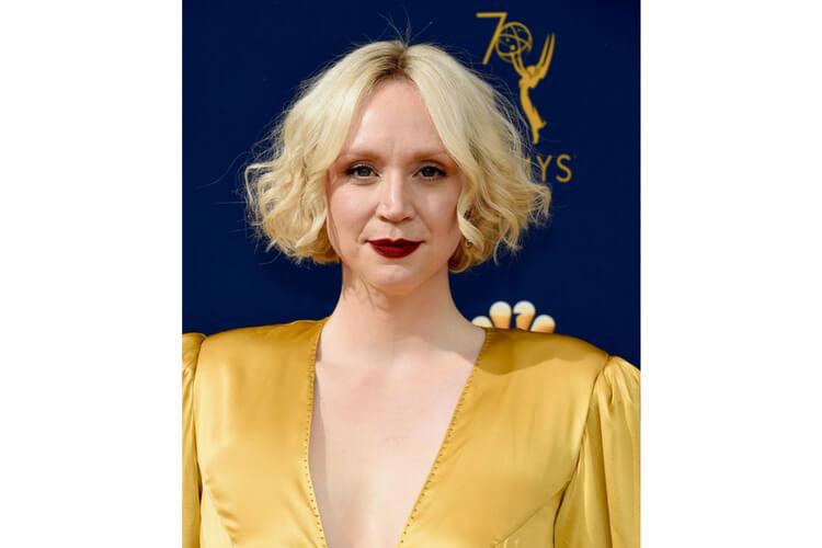Inspirasi Makeup dan Gaya Rambut Para Seleb di Ajang Emmy Awards 2018