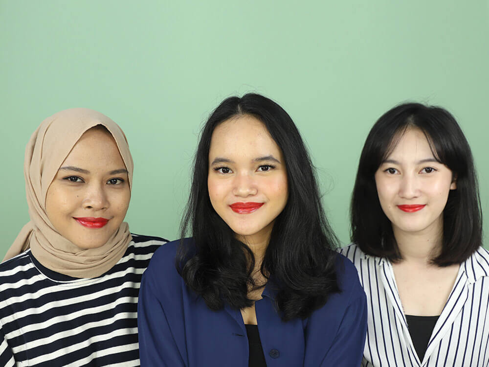 Review The Body Shop Colour Crush Lipstick