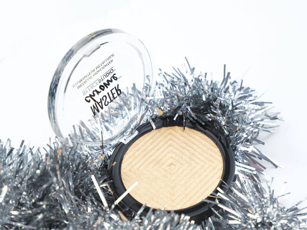 Maybelline Master Chrome Metallic Highlighter Review