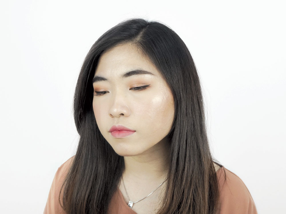Maybelline Master Chrome Metallic Highlighter Molten Gold Review