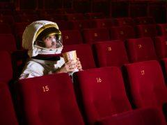 Manfaat menonton film di bioskop