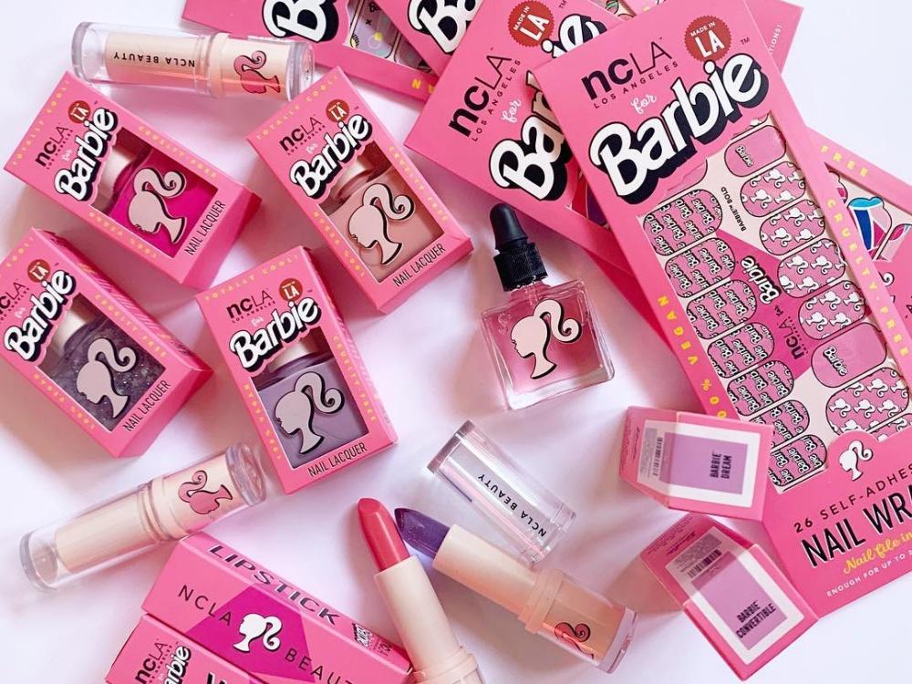 Koleksi Makeup Barbie