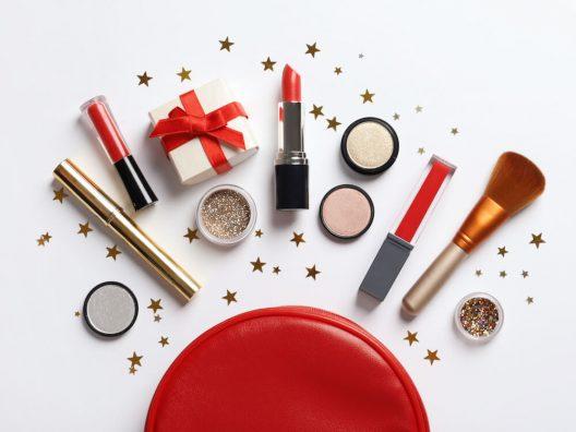 Pilihan Kado Natal bagi Para Pecinta Makeup