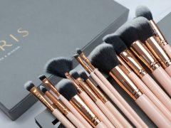 Aeris The Coral 15 Face & Eye Brush Set