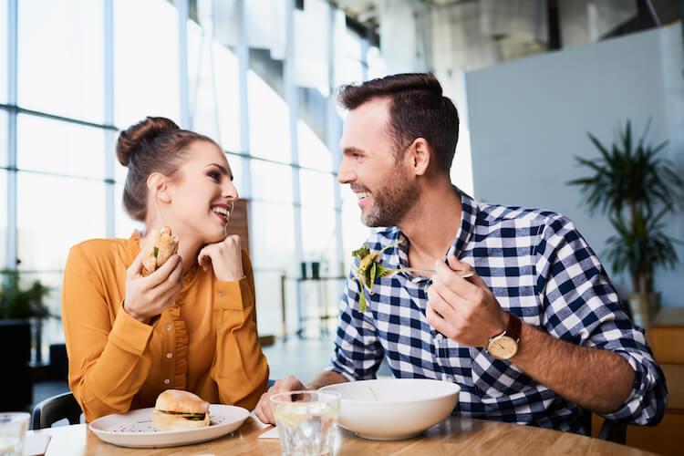 Berat Badan Bertambah Saat Menjalani Hubungan