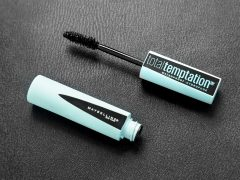 Review: Maybelline Total Tempation Waterproof Volumizing Mascara