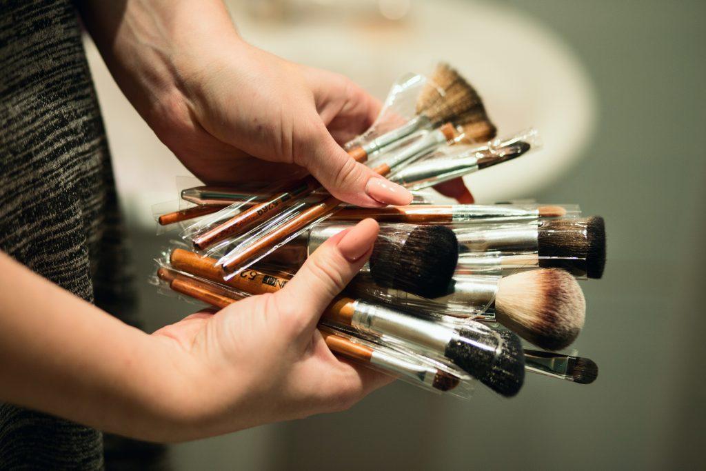 Tips Memilih Kuas Makeup yang Tepat dan Berkualitas