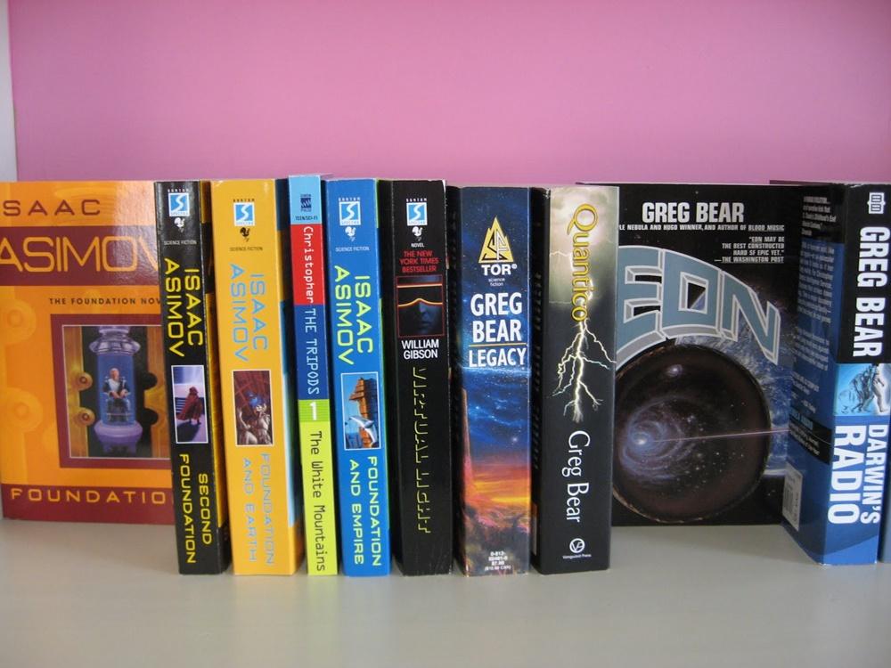Kepribadian Seseorang Lewat Genre Buku Favoritnya