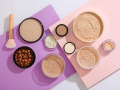 Perbedaan Setting Powder dan Finishing Powder