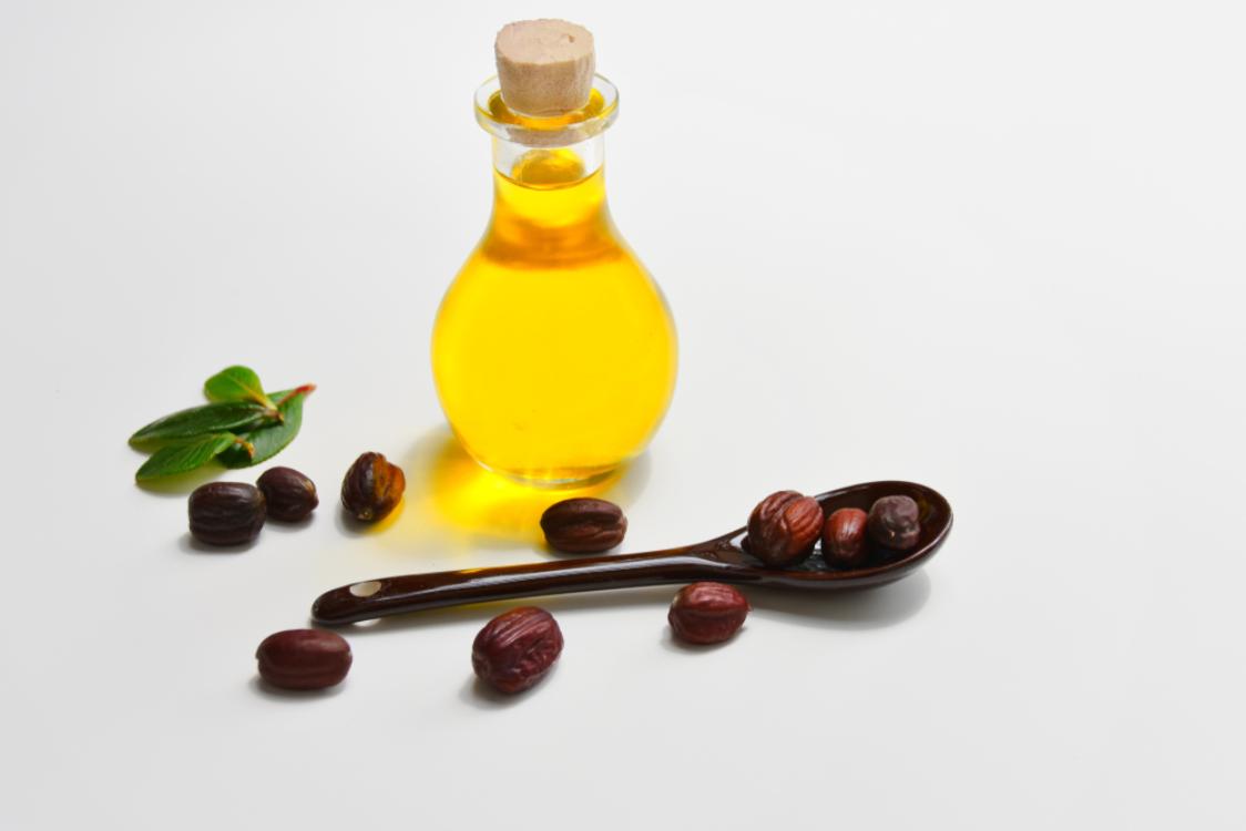 Manfaat jojoba oil untuk jerawat